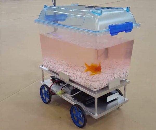 Fish Controls Its Own Robotic Fish Tank