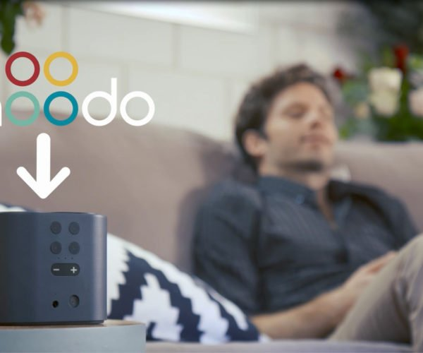 Moodo Smart Air Freshener: Select Scents with Your Phone