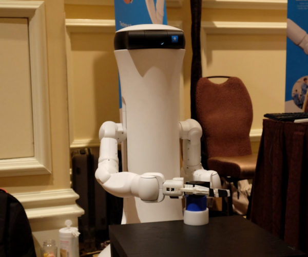 Ewaybot Moro Humanoid Robot Assistant Can Grip Things: Moro, Grab Me a Beer.