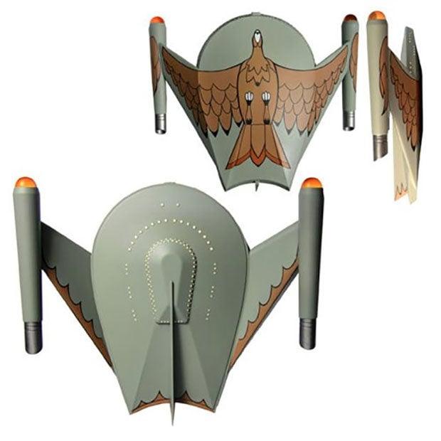 Plain And Fancy Blog >> Star Trek: The Original Series Bird of Prey Has Flashy Lights and Sounds - Technabob