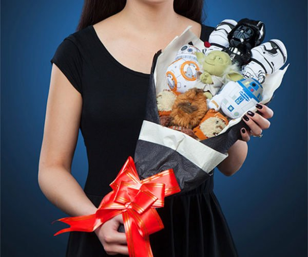 Celebrate Valentine's Day the Geeky Way with a Star Wars Bouquet