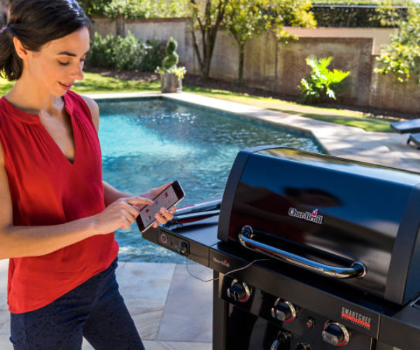 Your Smartphone Is Your Sous Chef with This Char-Broil's SmartChef Gas Grill