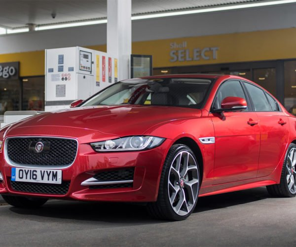 Jaguar and Shell Let You Pay for Gas from Inside Your Car