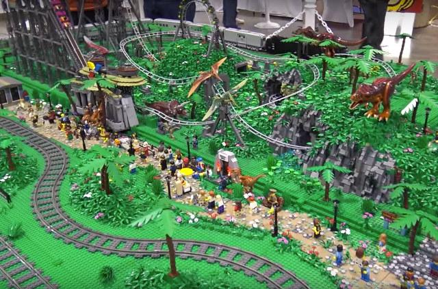 125,000-Piece LEGO Dinosaur Theme Park: Jurassic Brick ...