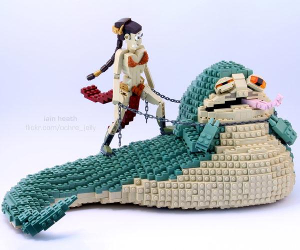 Leia vs. Jabba in LEGO, Whoa.