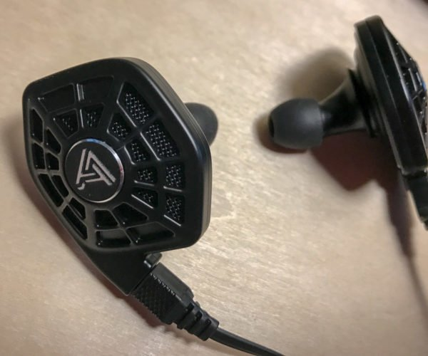 Review: Audeze iSINE 10 in-ear Planar Magnetic Headphones