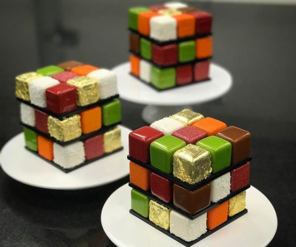 The Only Solution to These Rubik's Cubes Cakes is to Get in My Stomach