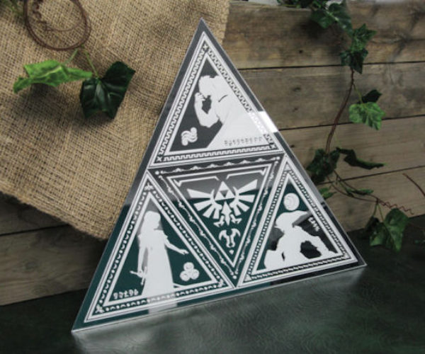 This Legend of Zelda Tri-Force Mirror