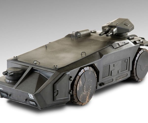 Aliens Colonial Marines Armored Personnel Carrier Toy: Game Over, Man!