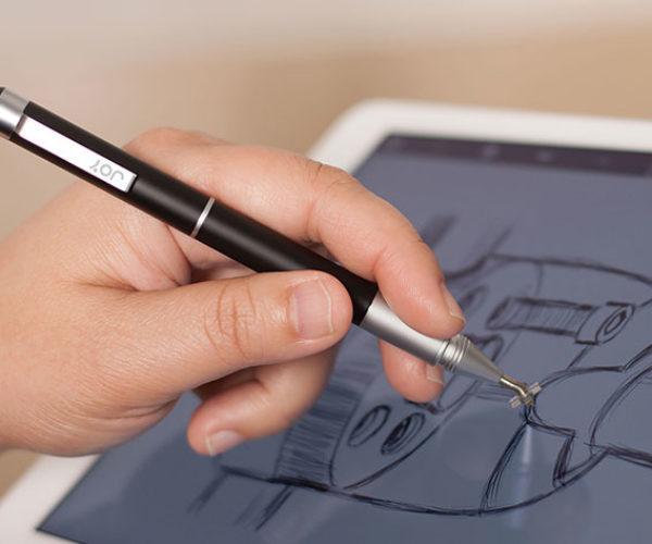 Get a Stylus and Pen in One Handy Tool