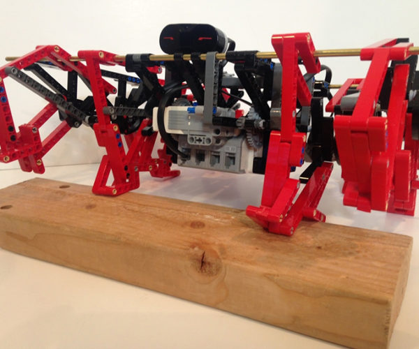 LEGO Mindstorms TrotBot Walks Like an 8-Legged Horse