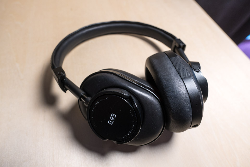 a881b16f7ec On looks and feel, the MW60 headphones have a great sense of substance and  quality. They're built from stainless steel, aluminum, premium grain leather,  ...