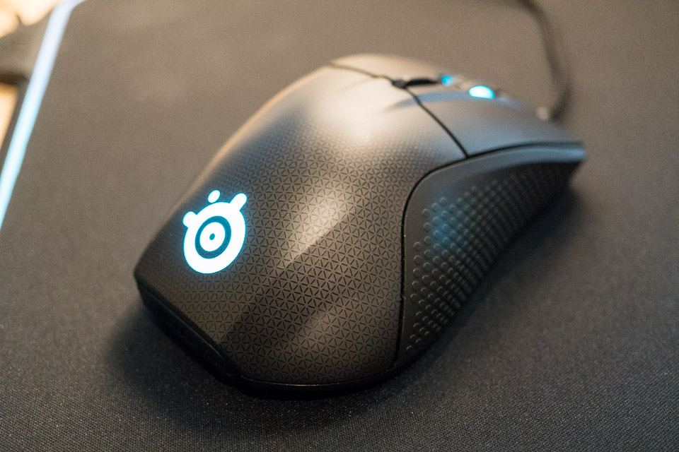 7b7bbe03ce1 SteelSeries Rival 700 Gaming Mouse Review: King of the Mouse Hill