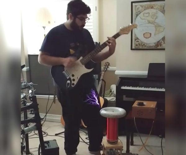 Guy Plays Electric Guitar Through a Tesla Coil