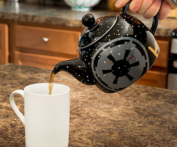 Star Wars Imperial Ceramic Teapot: The Empire Steeps Black (Tea)