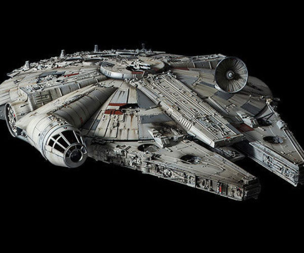 Bandai Millennium Falcon Model Is Nearly Screen Accurate