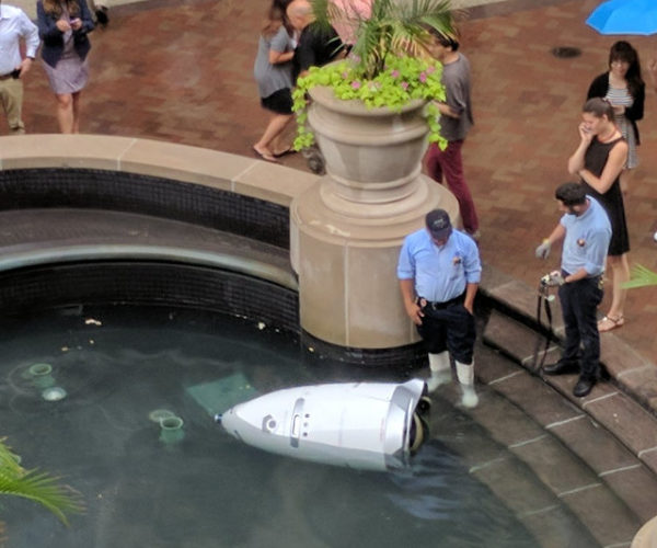 Security Robot Commits Suicide by Drowning Itself