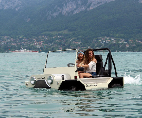 Ride from Land to Sea in the Mini Moke Amphibie Lazareth
