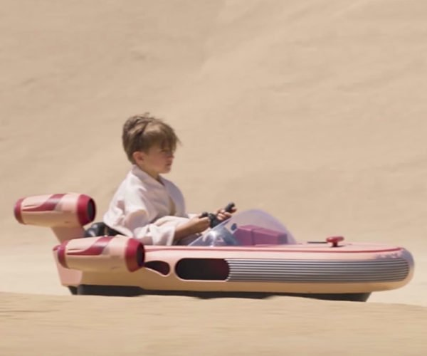 Radio Flyer Landspeeder: Tatooine Transportation