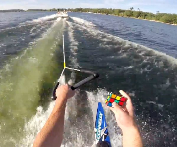 Guy Solves Rubik's Cube While Waterskiing, No Big Deal