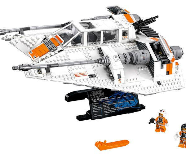LEGO Star Wars Snowspeeder: The Empire Strikes Brick