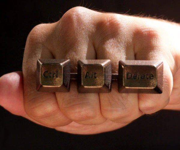 Ctrl-Alt-Del Keyboard Ring: Punch to Reset