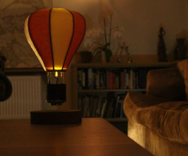 Float Levitating Lamp Looks Like a Tiny Hot Air Balloon