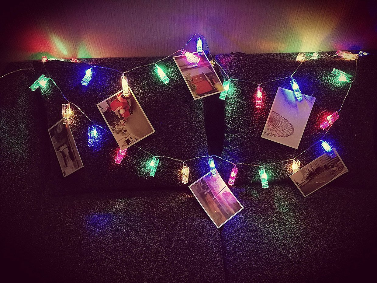 String Lights Portrait : LED Photo Clip Light Strings Are a Fun Alternative to Picture Frames - Technabob