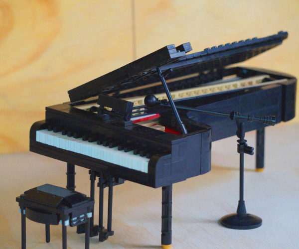 Tickle the (Plastic) Ivories with This LEGO Grand Piano