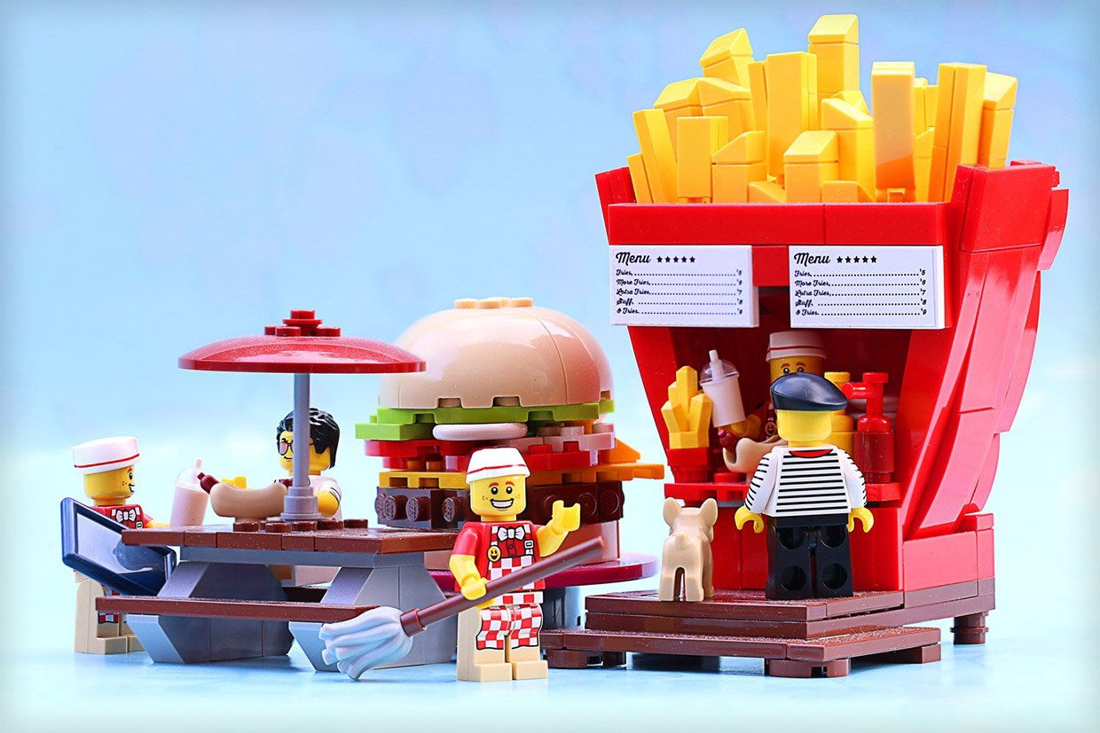 Lego food stands look good enough to eat technabob for Un stand