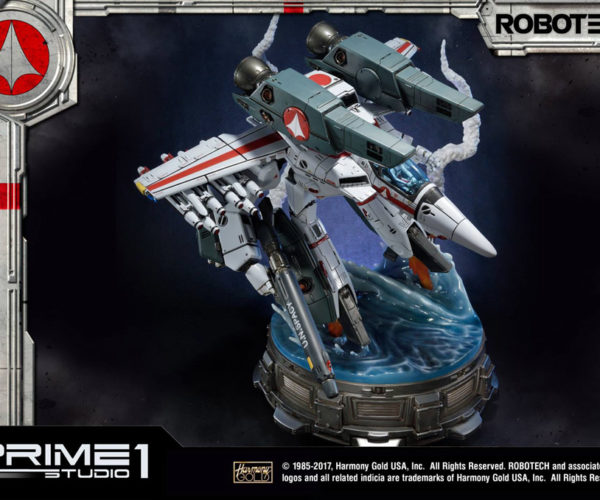 Prime 1 Robotech VF-1J Veritech Guardian Mode Transforms from Money to Statue