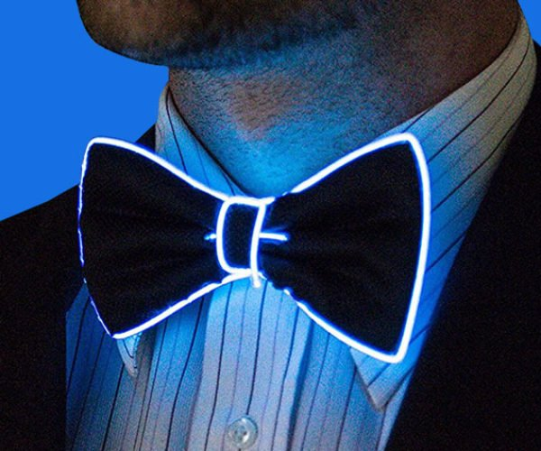 Light-up Bow Tie: Bringing on the Glitz