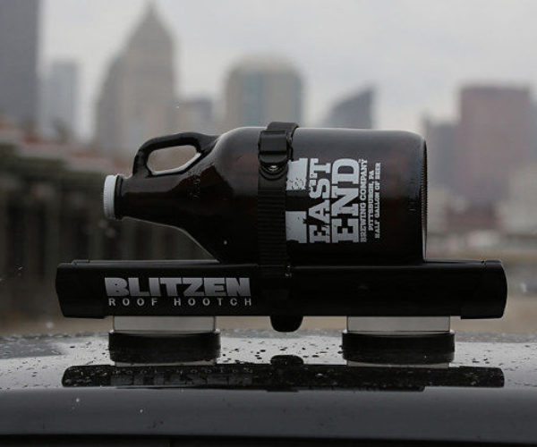 Blitzen Car Rooftop Beverage Chiller: Take Your Booze on a Cruise