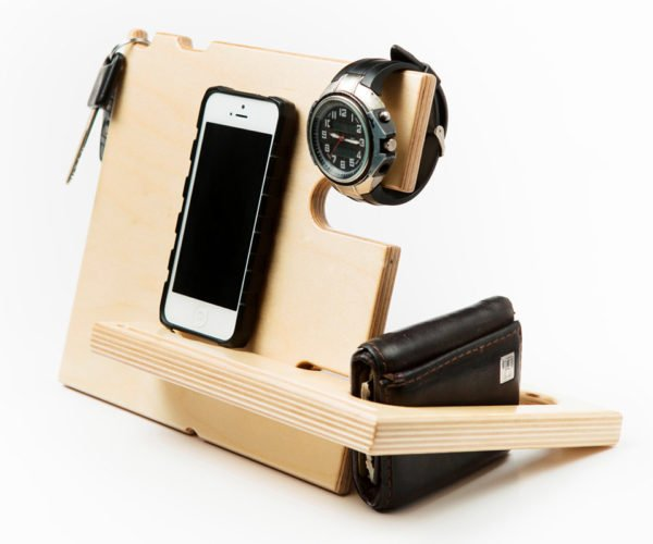 Jigsaw CatchAll Docking Station is the Perfect Place to Keep All Your Bedside Stuff