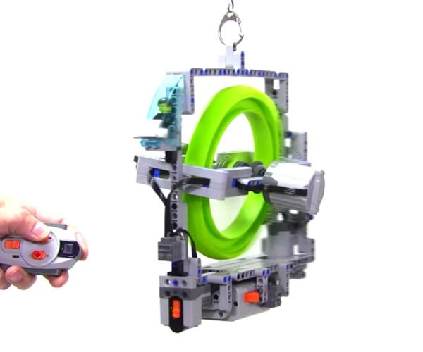 This LEGO Machine Uses Gyroscopic Physics to Steer