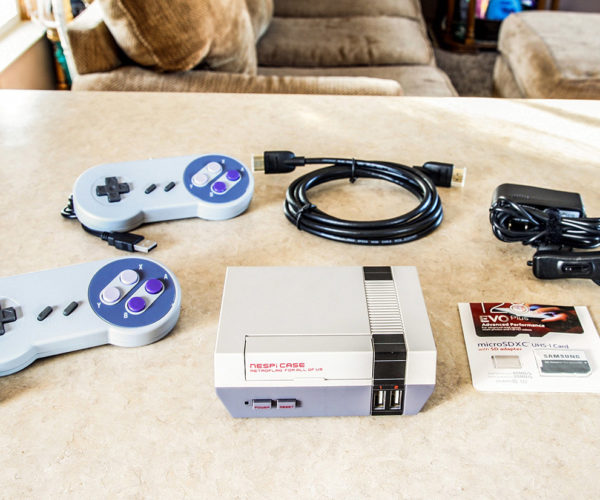 These Classic Nintendo Consoles Play Thousands of Arcade and Other Systems' Games