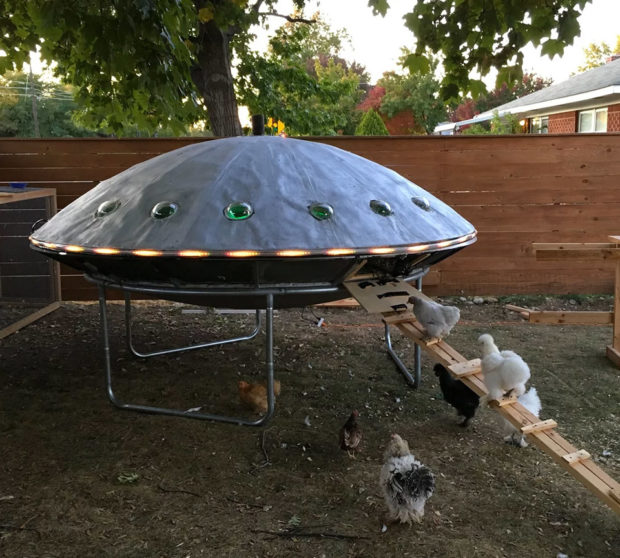UFO-shaped Chicken Coop Ready for Lift-off - Technabob