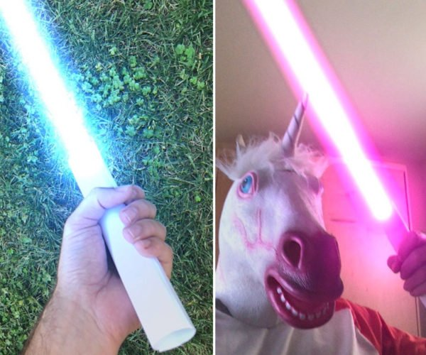 Instasaber iPhone App Turns Paper into a Virtual Lightsaber