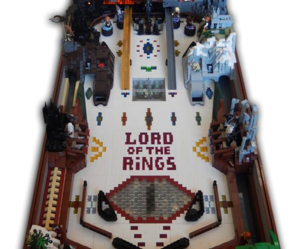 LEGO Lord of the Rings Pinball Machine: J.R.R. Tilt-Kien