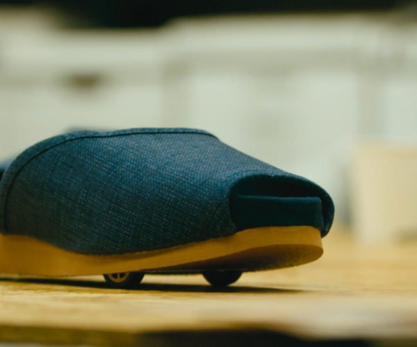 Nissan Develops Self-parking Slippers