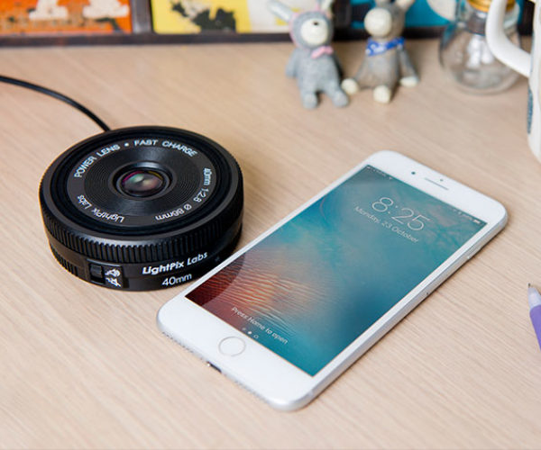 This Qi-Enabled Charger Looks Just Like a Camera Lens