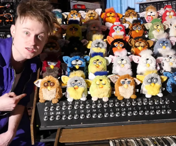 Guy Builds a Singing Furby Organ to Haunt our Dreams