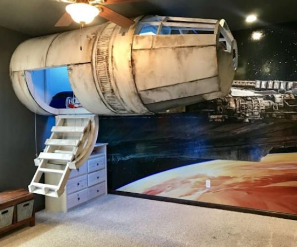 Millennium Falcon Bed Touches Down in Boy's Bedroom
