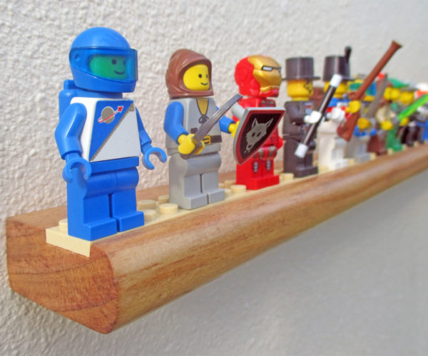 Minifigure Mantle: The Perfect Display Shelf for LEGO Minifigs