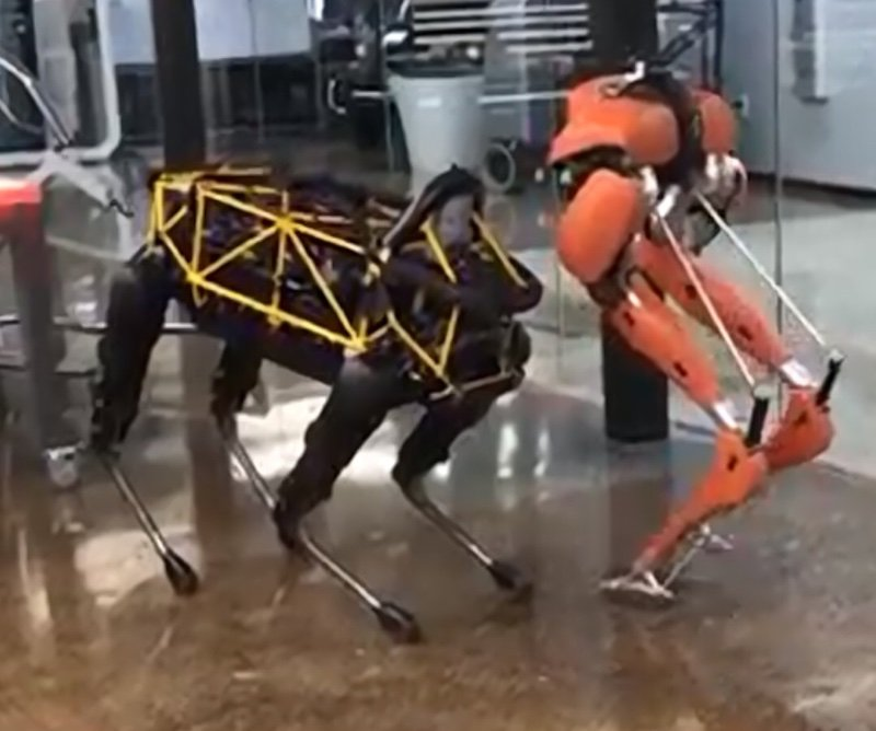 Two Robots Do Some Dirty Dancing Technabob