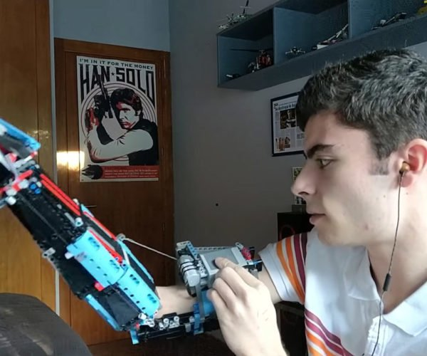 Guy Builds His Own Awesome LEGO Prosthetic Arm