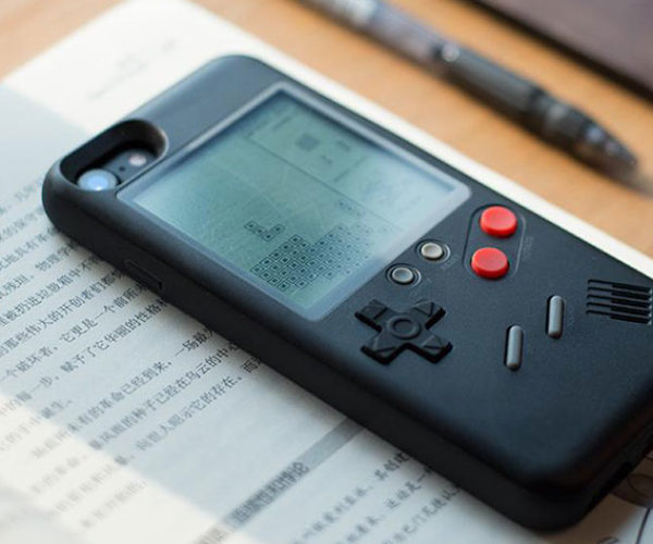 This iPhone Case Doubles as a Retro Gaming Handheld