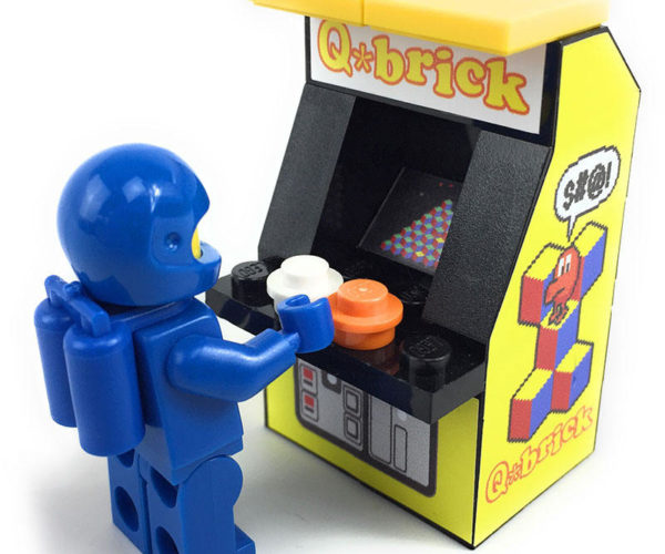 Tiny LEGO Arcade Cabinets: Insert Brick to Play