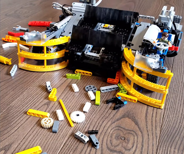 LEGO Roomba Sweeps Bricks off the Floor