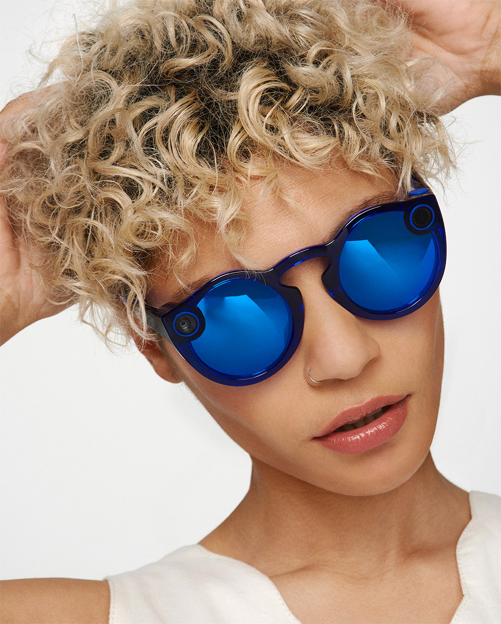 917984f36c9 Snapchat Spectacles V2 Available Now